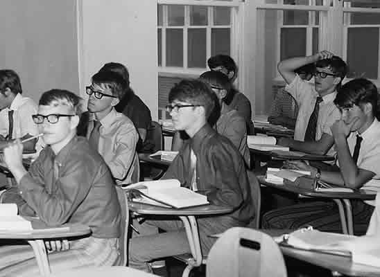 1970's Classroom photo