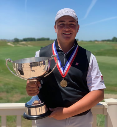 Luke Gutschewski with 2019 Nebraska Junior Match Play Championship Trophy