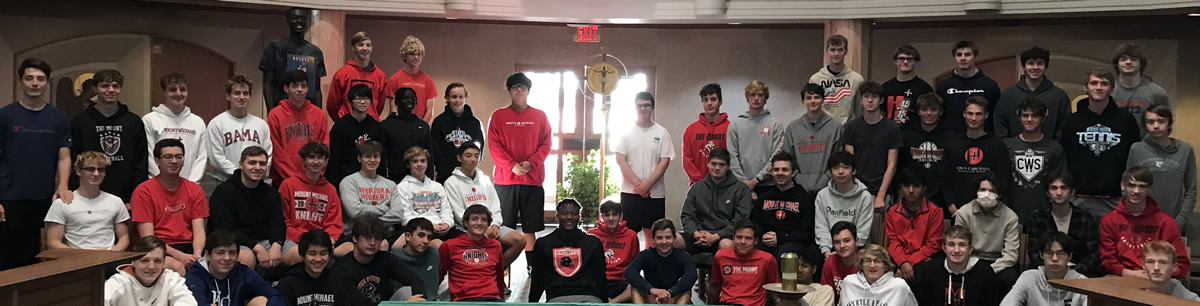 group photo of students before going on retreat